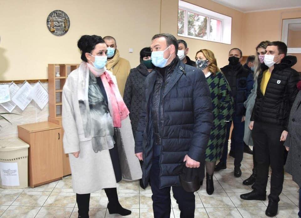 Санаторій Малятко - Олексій Петров разом із обласними депутатами вивчали питання щодо можливих шляхів функціонування санаторію «Малятко»